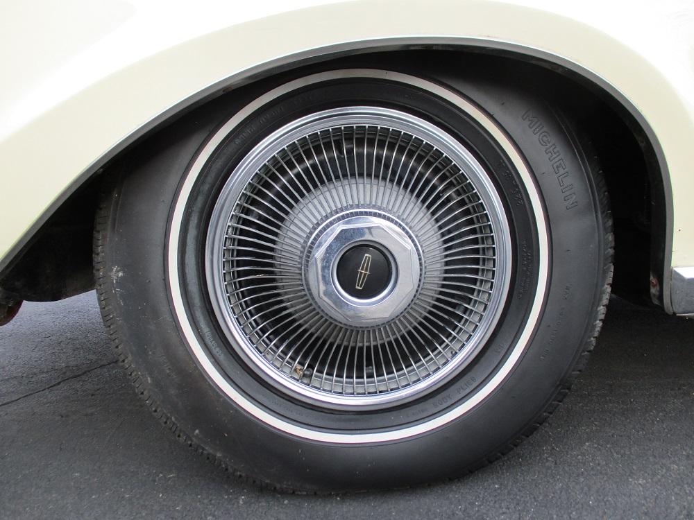 69 Lincoln Continental 052.JPG
