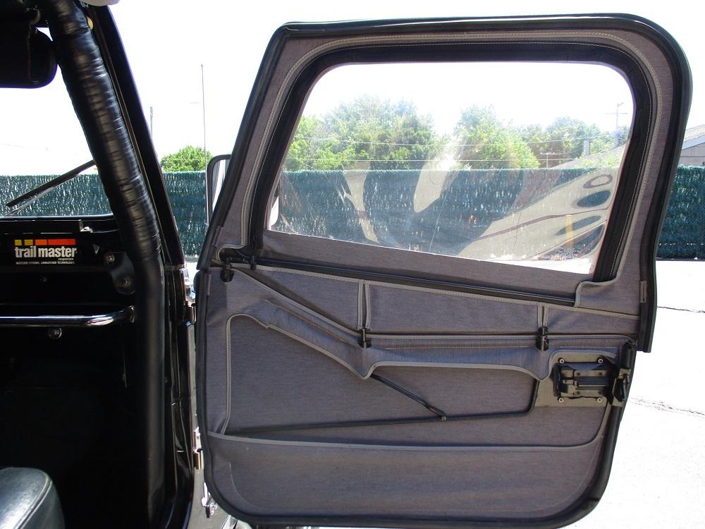 80 Jeep CJ7 044.JPG