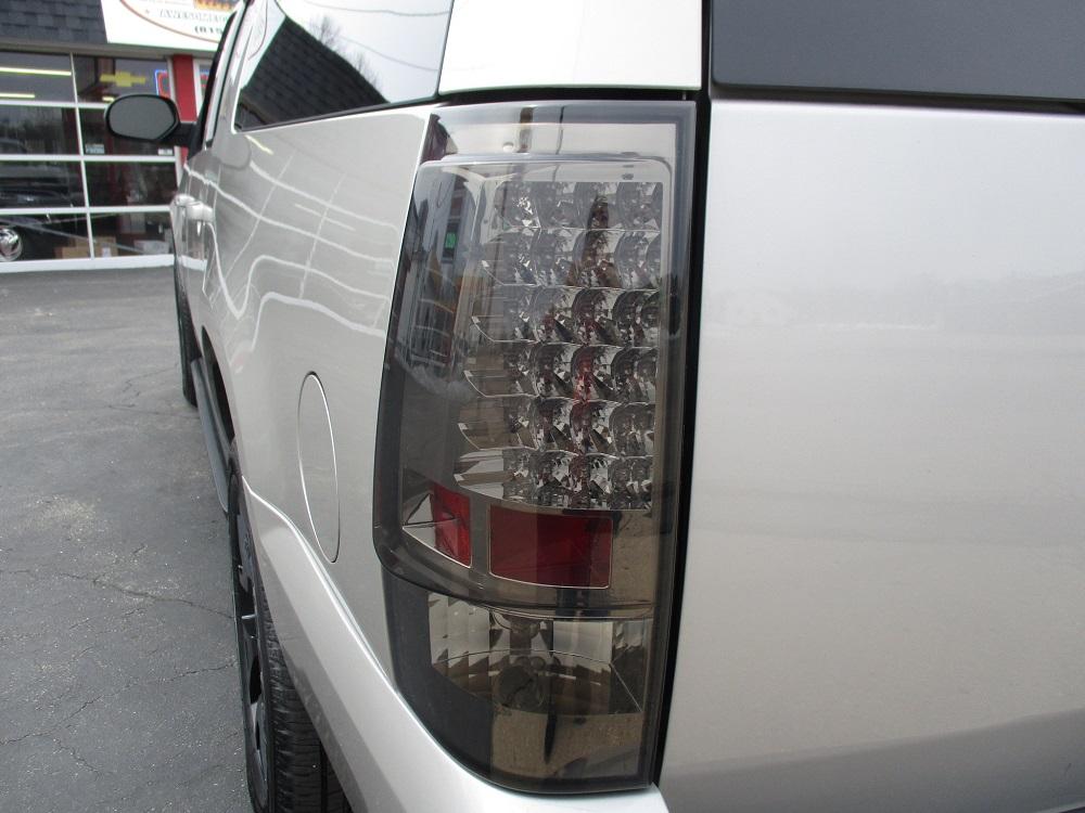 07 Chevy Suburban 025.JPG
