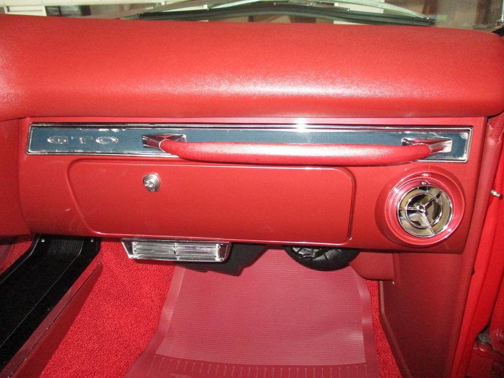 66 Pontiac GTO 044.JPG
