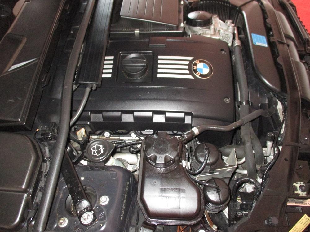 08 BMW 335i 040.JPG