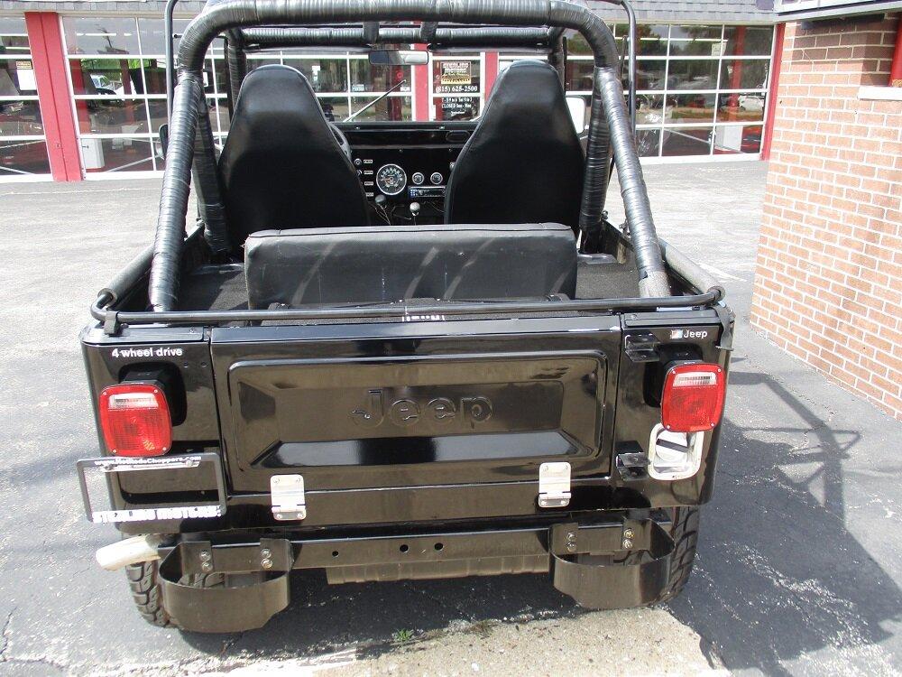 80 Jeep CJ-7 022.JPG