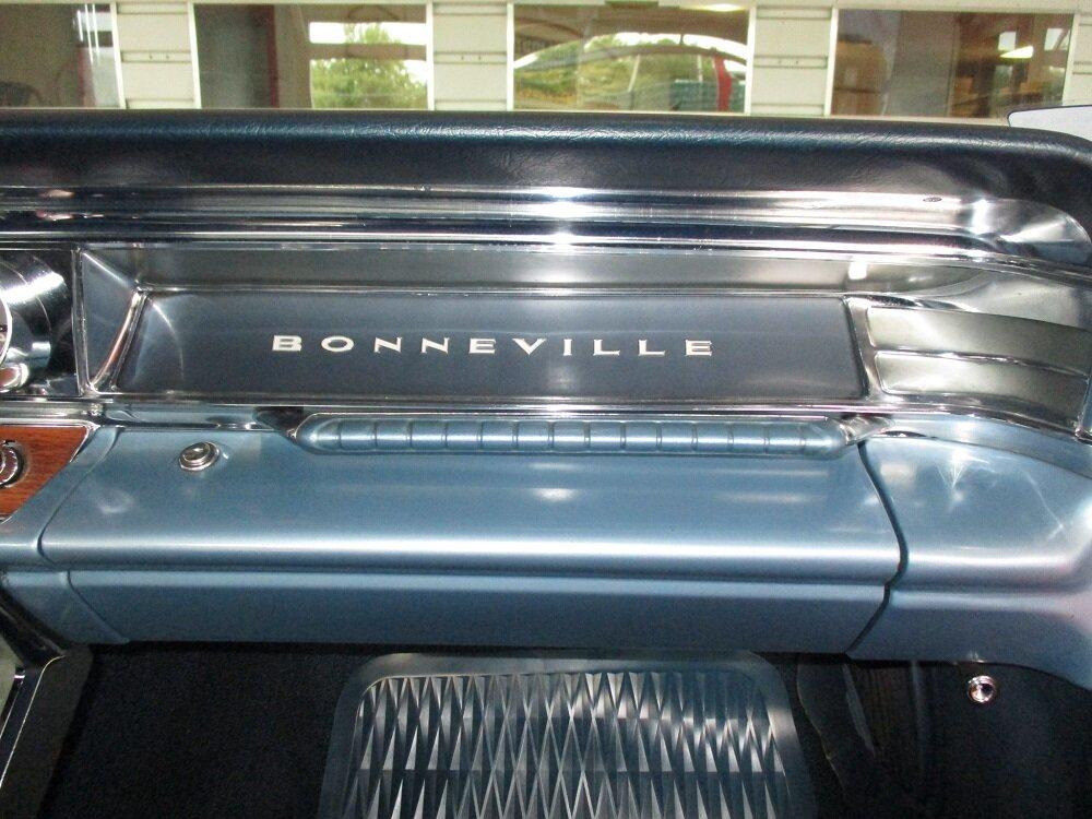 63 Bonneville Convertible 039.JPG