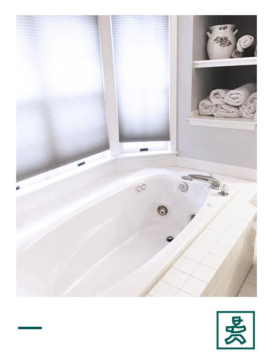 bathroom_til.jpg