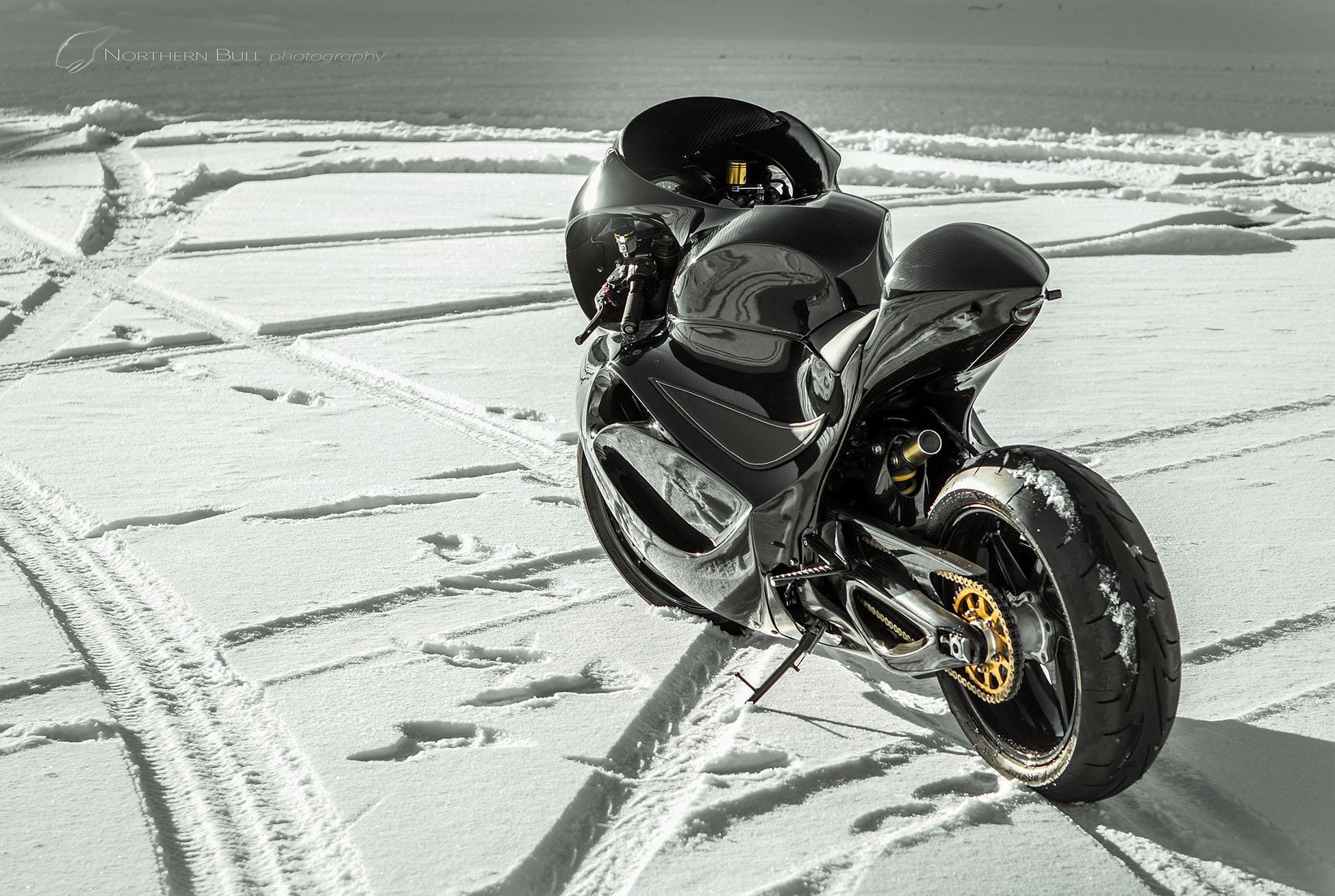 northern_bull_carbon_bike_snow.jpg