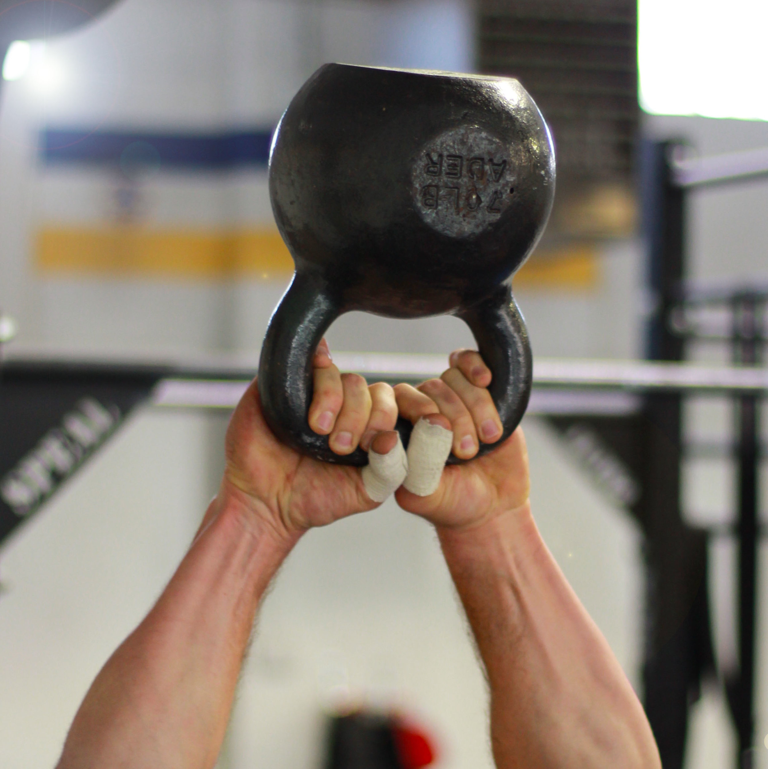 How to make Tuesday terrific? 👉Kettlebells!