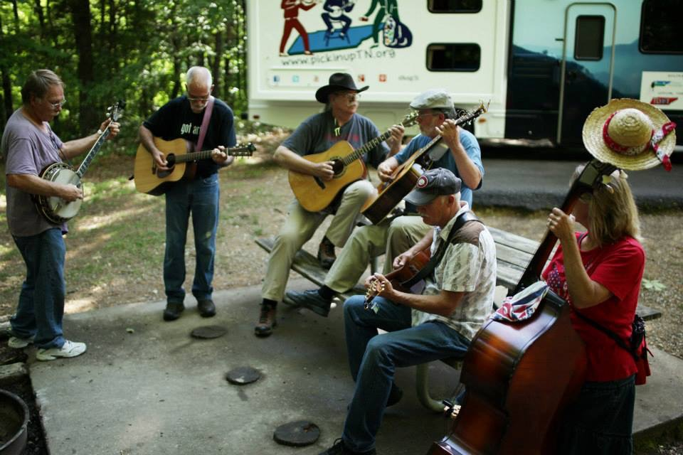 Pickin' friends D. W. Bledsoe, Mark Ledbetter, Geoff Roehm, Tom Knowles, Dave Watson and Reeda Best offer the first live performance of the tour at Tims Ford State Park.