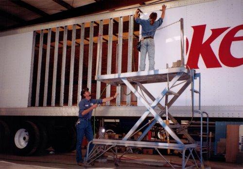 trailer repair.jpg
