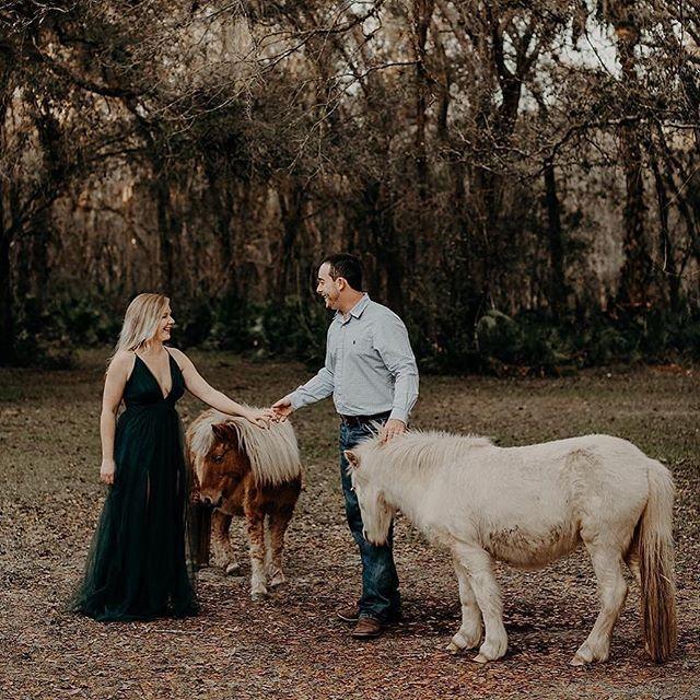 Take my hand & come with me. There's magic in these woods, you see✨🍃🎠 • • • 📷 @tarakoenke  #woodsandweddings #weddinginthewoods #floridabarnwedding #floridaweddingvenue #engagementsession