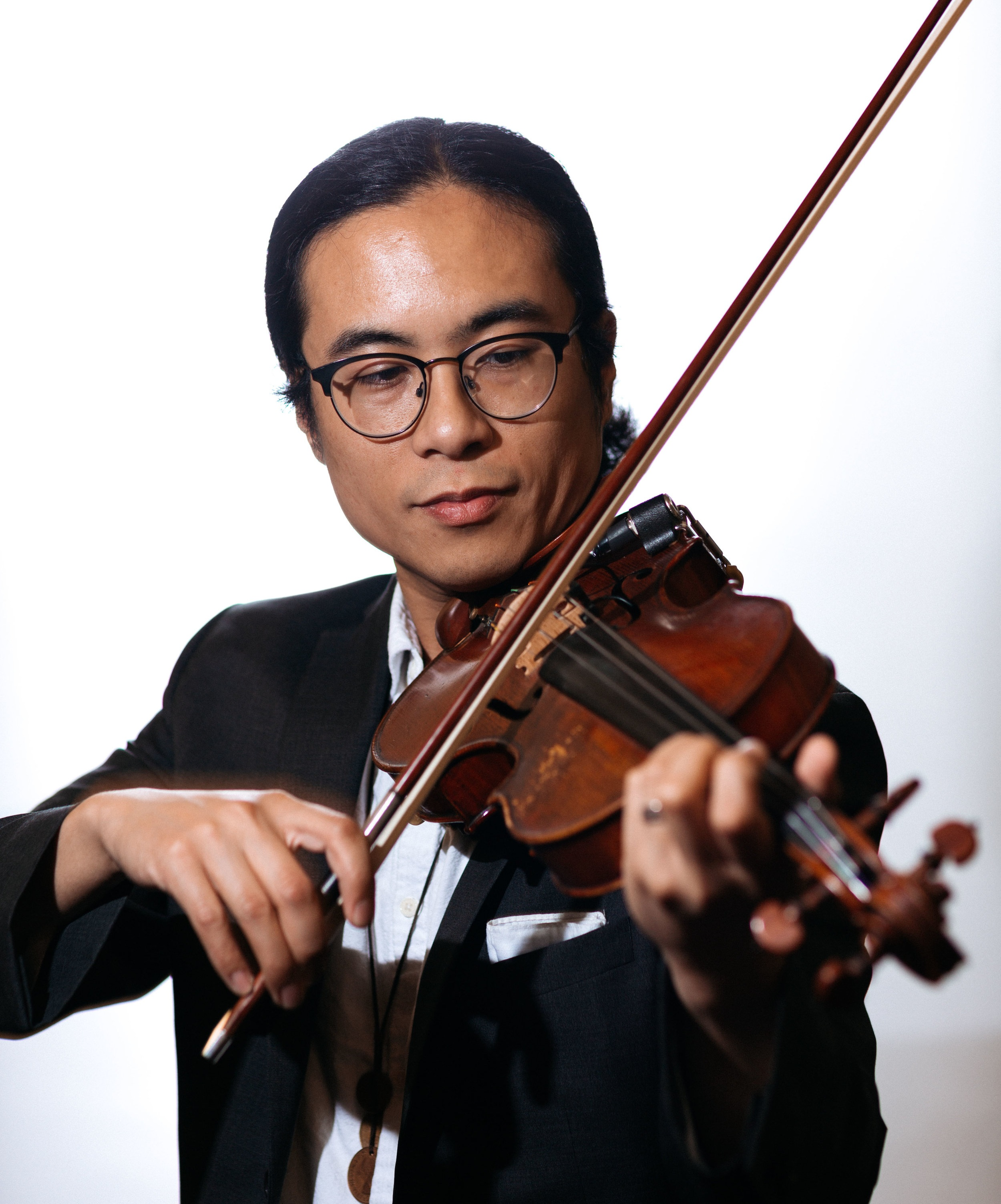 Leoncarlo Canlas  {he/him}  music   Armed with his violin, North Texas based musician Leoncarlo creates sonic landscapes with a palette of harmonious textures that stretches perception of tonal aesthetics. He's been a guest collaborator and session musician on recordings and live performances for a number of diverse national and international acts, including Seryn, Botany, Polyphonic Spree, Alejandro Escovedo, Melanie Safka, and more.   leoncarlo.com  /  Instagram  /  Facebook