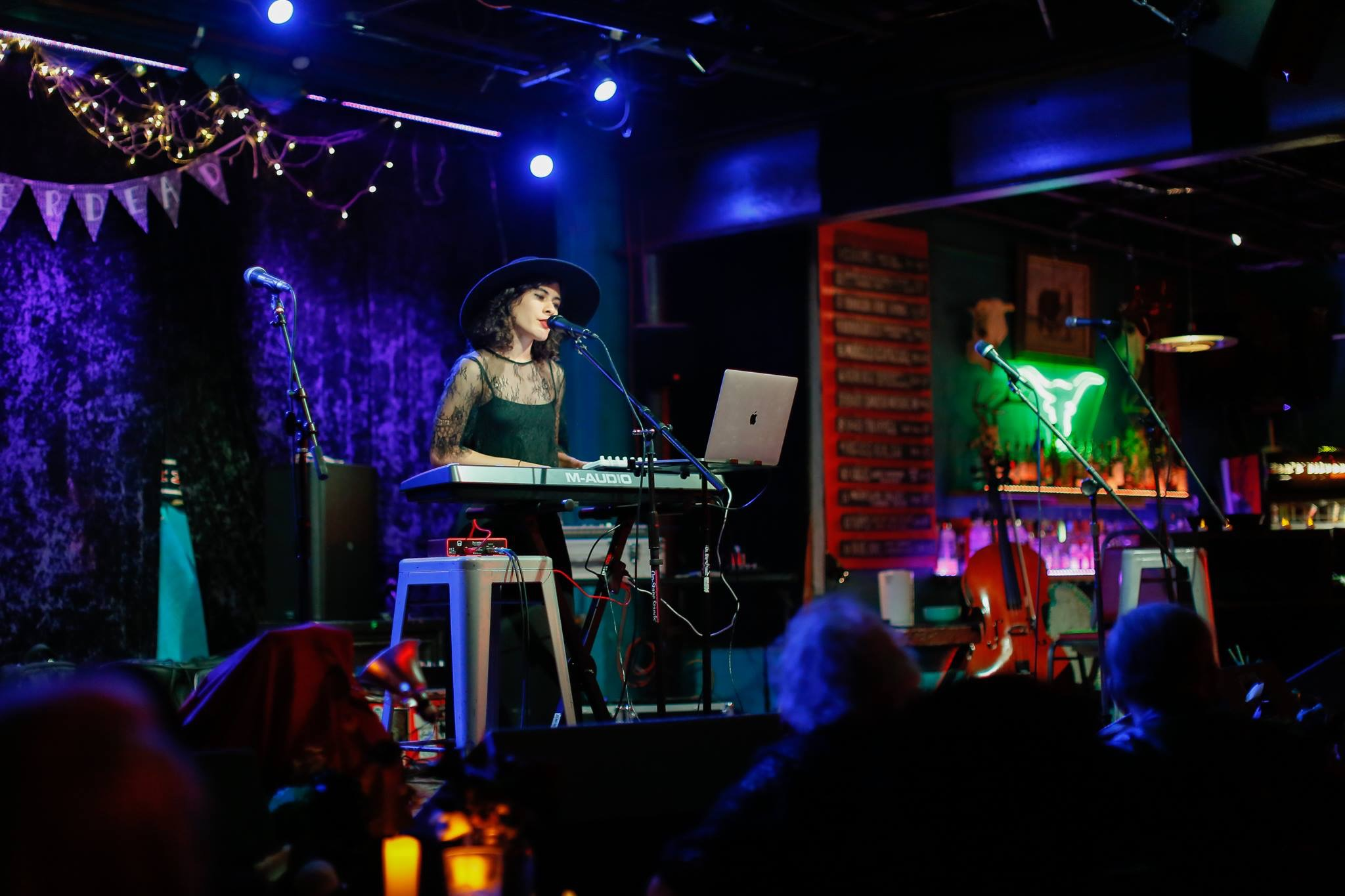 Isabel Crespo performing at Spiderdead | photo by Nina Chantanapumma