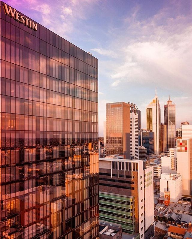🌆 Reflecting on our beautiful city via @tall.stories feat the @westinperth