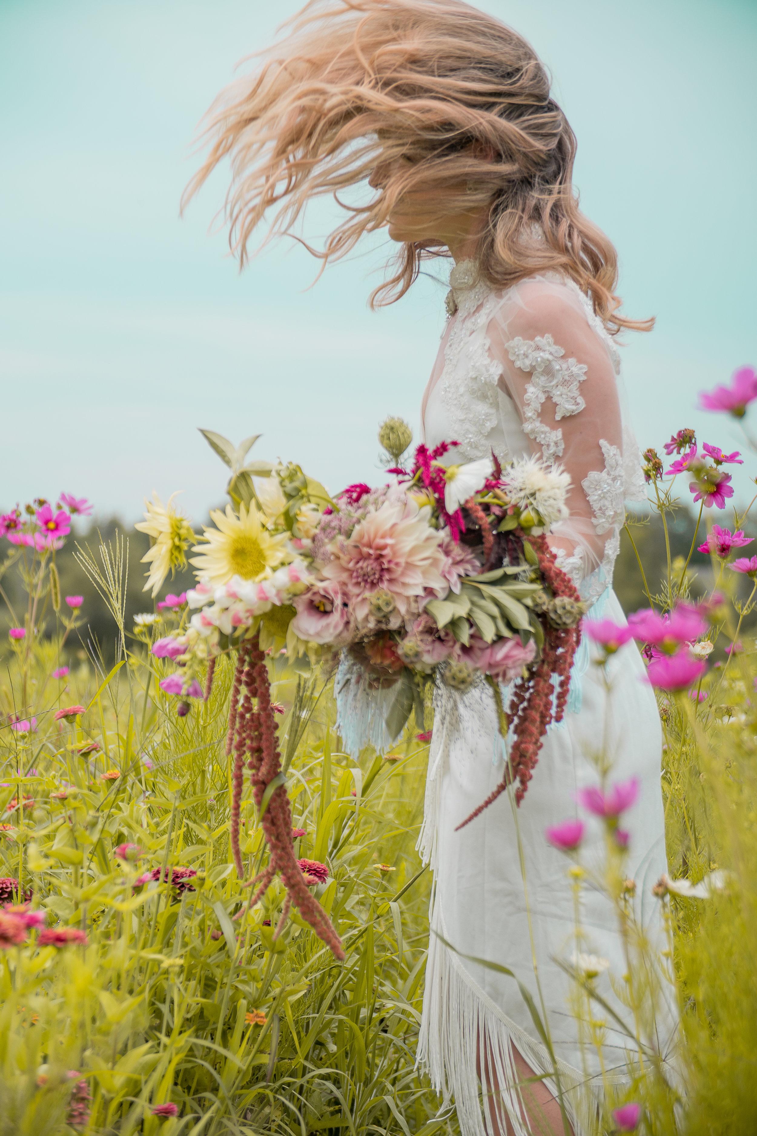 lazaro floral (18 of 47).jpg