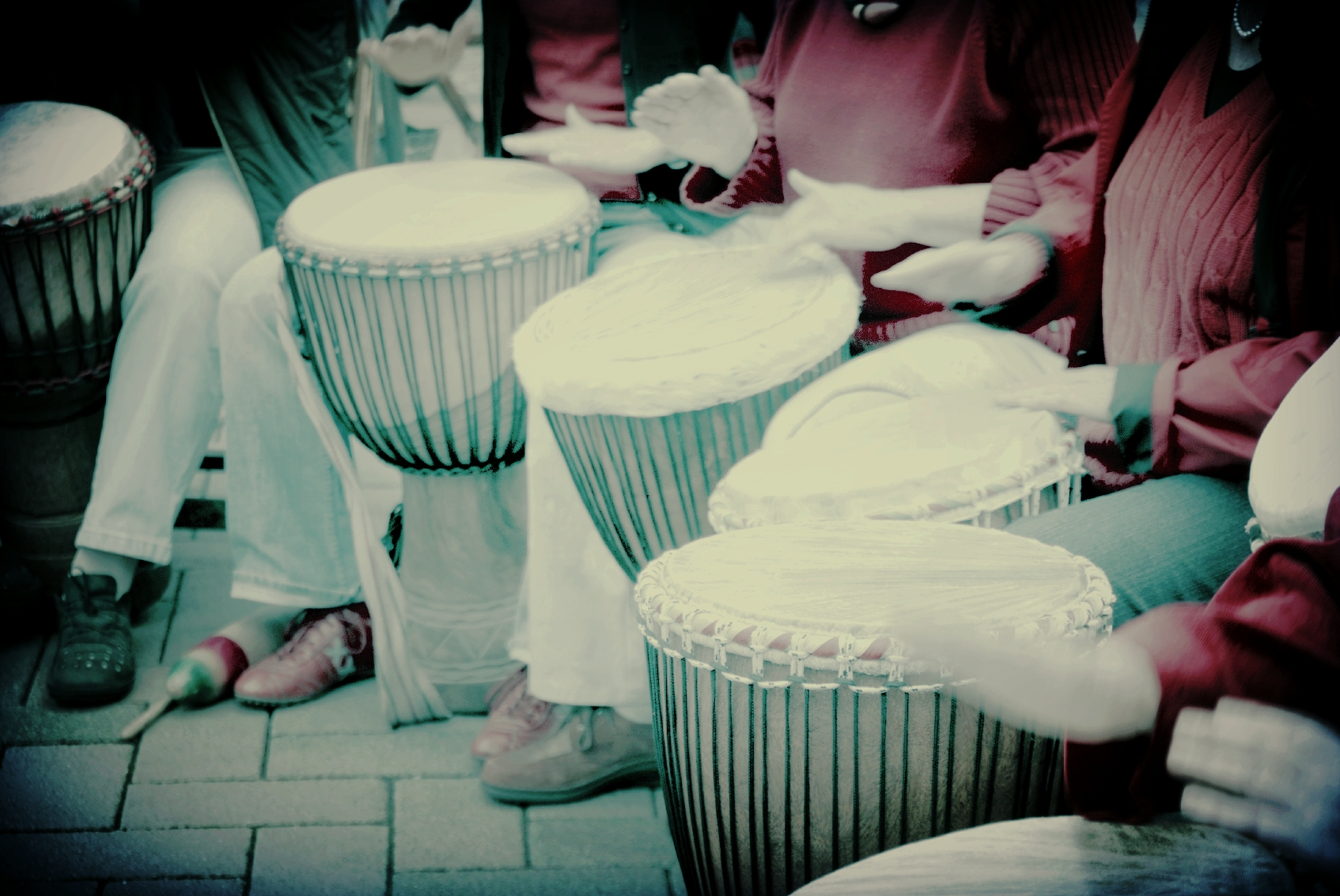 Drum Circle Experience - Exploration Session: Sat, Aug 26th 12:00-1:00pm @ Round Rock MusicOld Settlers Performance: Sat, Sept 2nd 12:00-2:00pm in Old Settlers ParkOPEN TO ALL STUDENTS! Come and explore the sounds and rhythms of hand percussion and play in a improvised ensemble.  A Drum circle does not have written music to lean, but rather learning to listen and explore rhythmic improvisation in a group.  NO EXPERIENCE NECESSARY!