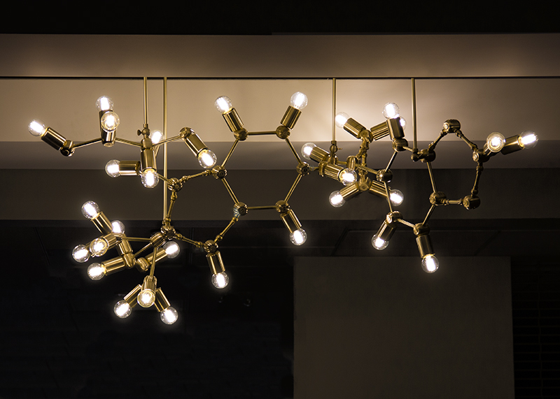 Neptune_Glassworks_Molecule_Chandelier.jpg