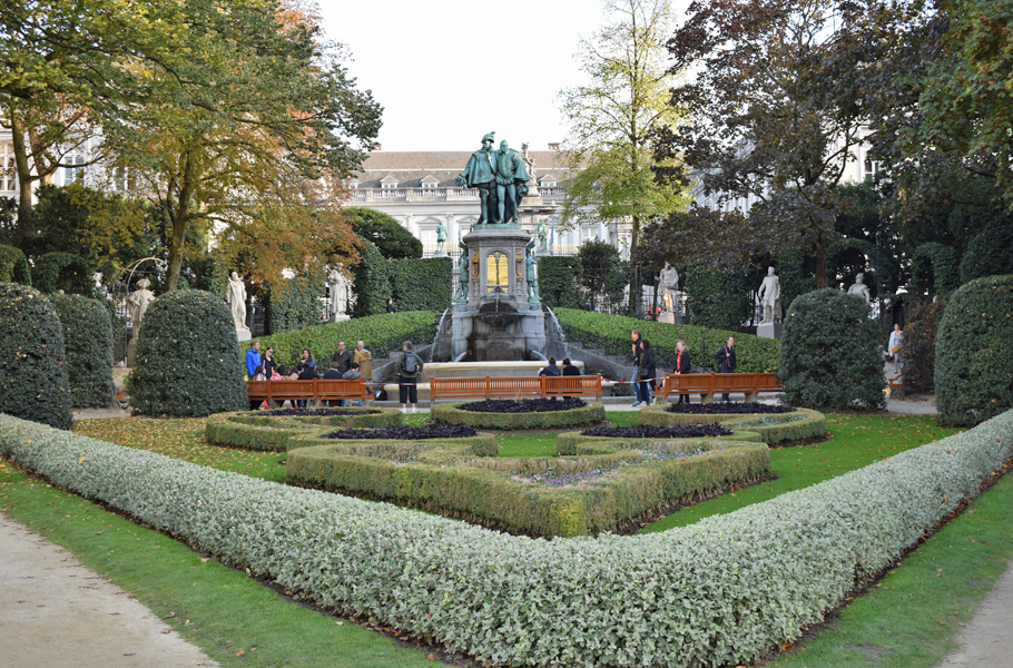 Brussels Statue of Counts Egmont and Hoorn park