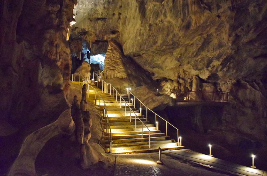 Cango Caves stairs