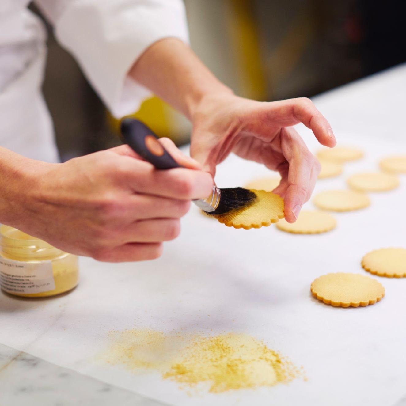 20180828-making-cakes457-b.jpg