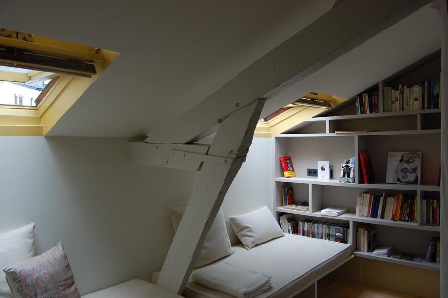 RAMEY - Rénovation complète d'un appartement sous les toites60m2  75018  Livré en juin 2013