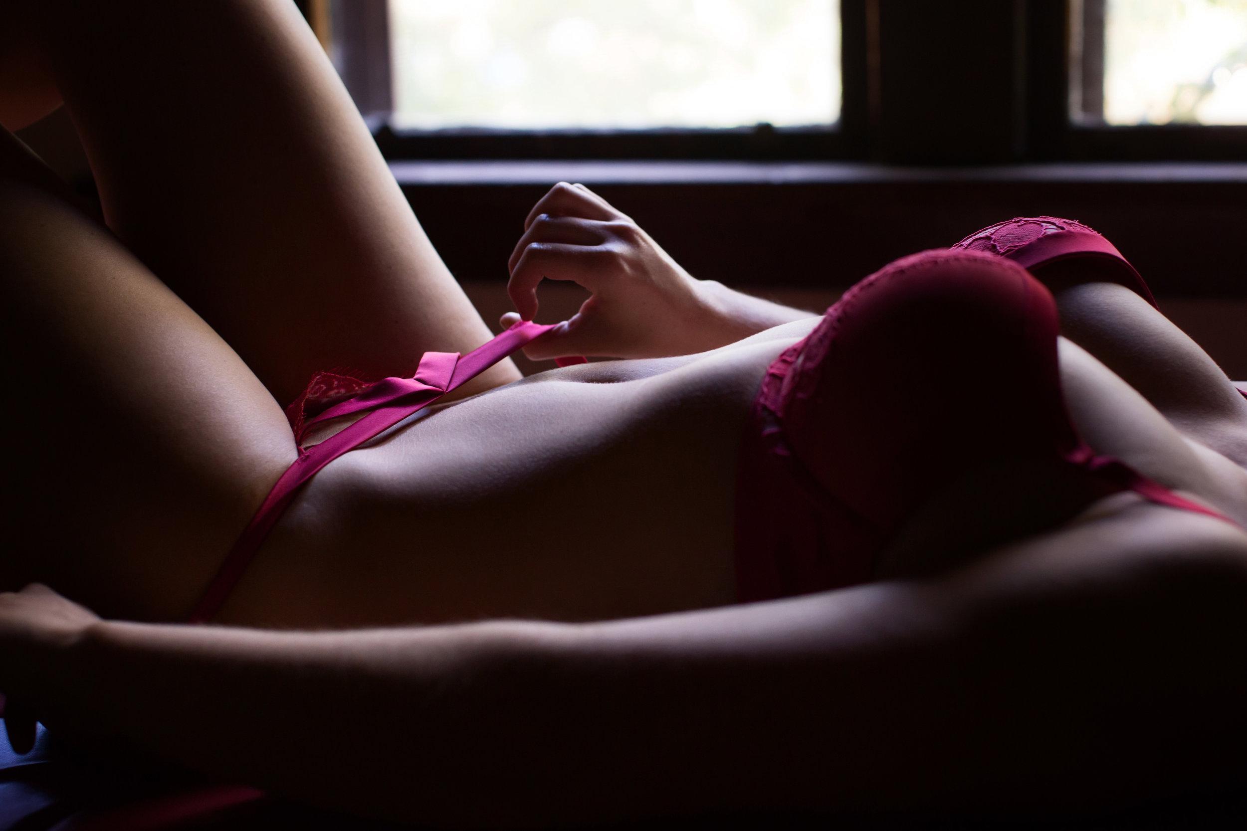 BoudoirPhotography_TheAdoreGirls-0221.jpg