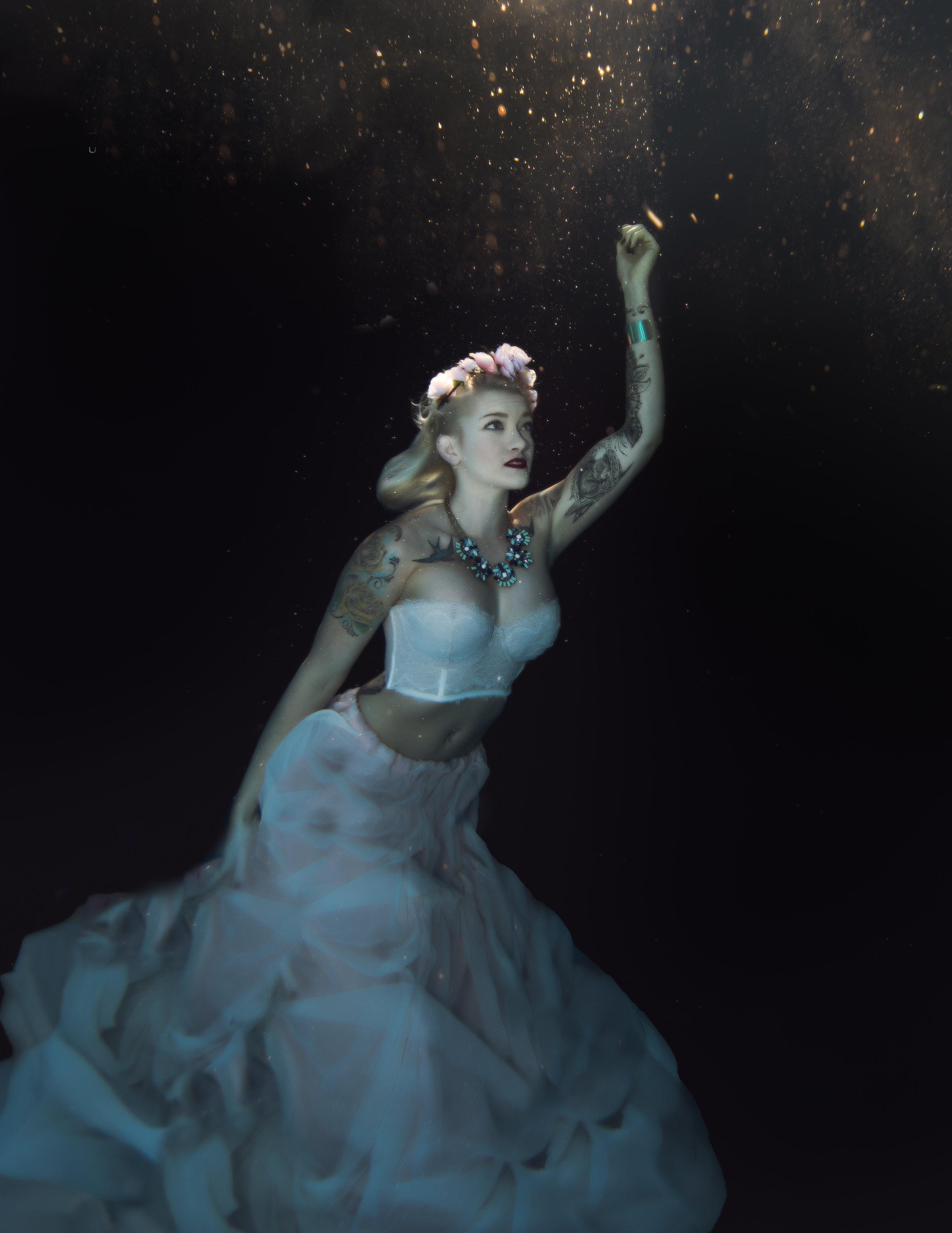 JTAqua_underwater_EmilyL-6.jpg
