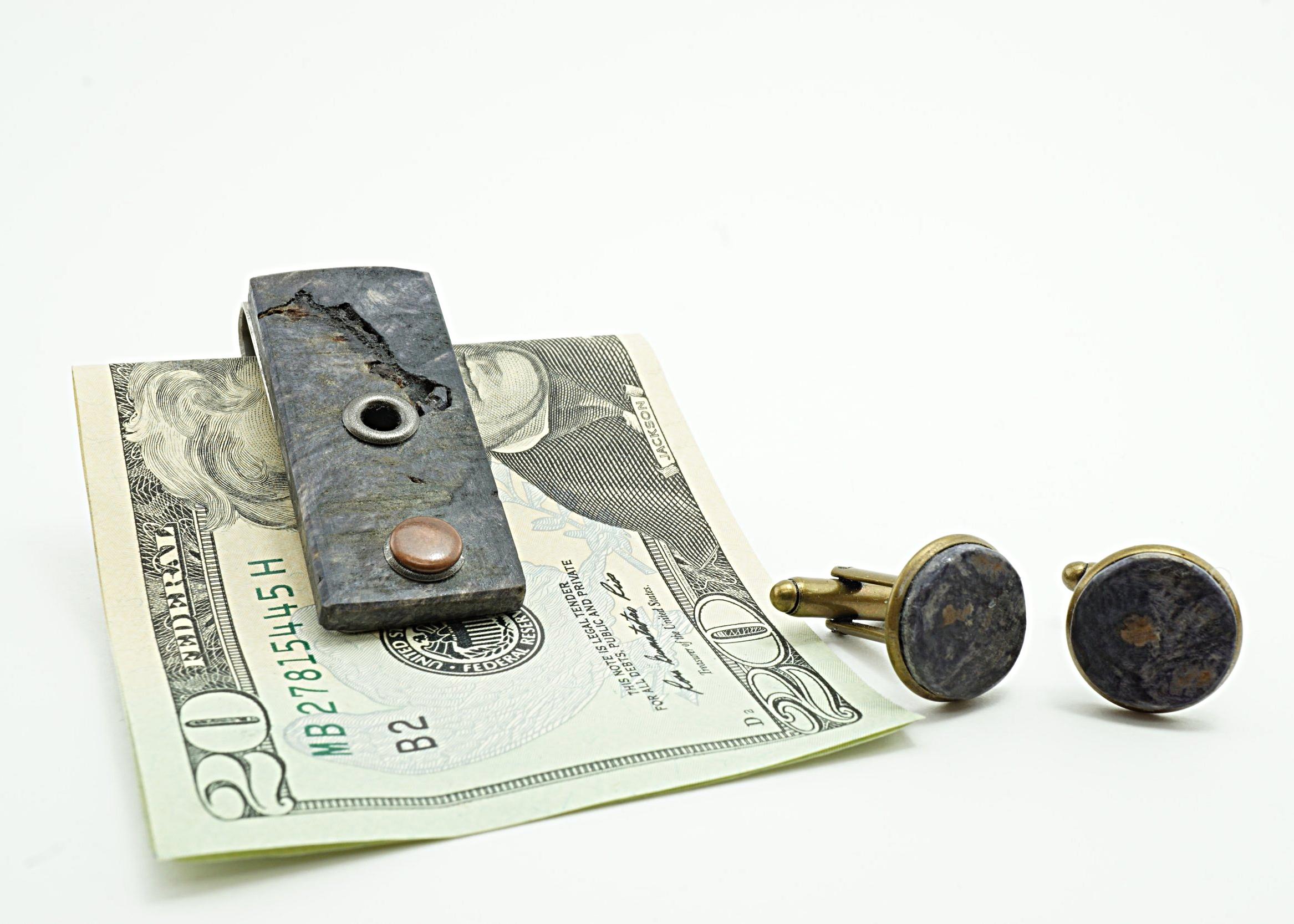 Buckeye burl money clip and cufflinks