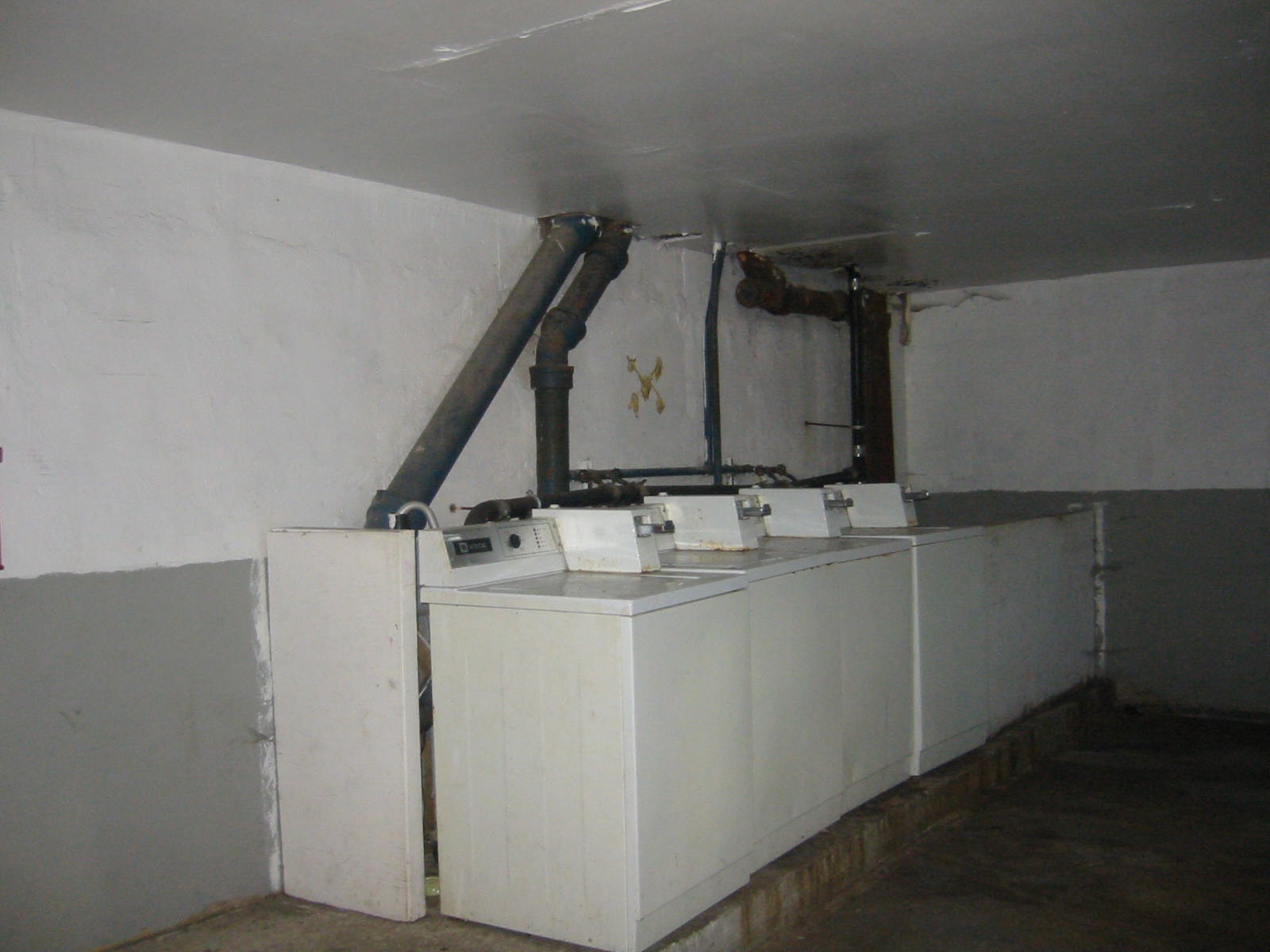Plaza- Before Laundry Room.jpg