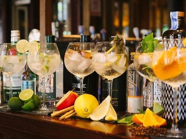 gin+tasting+2.jpg
