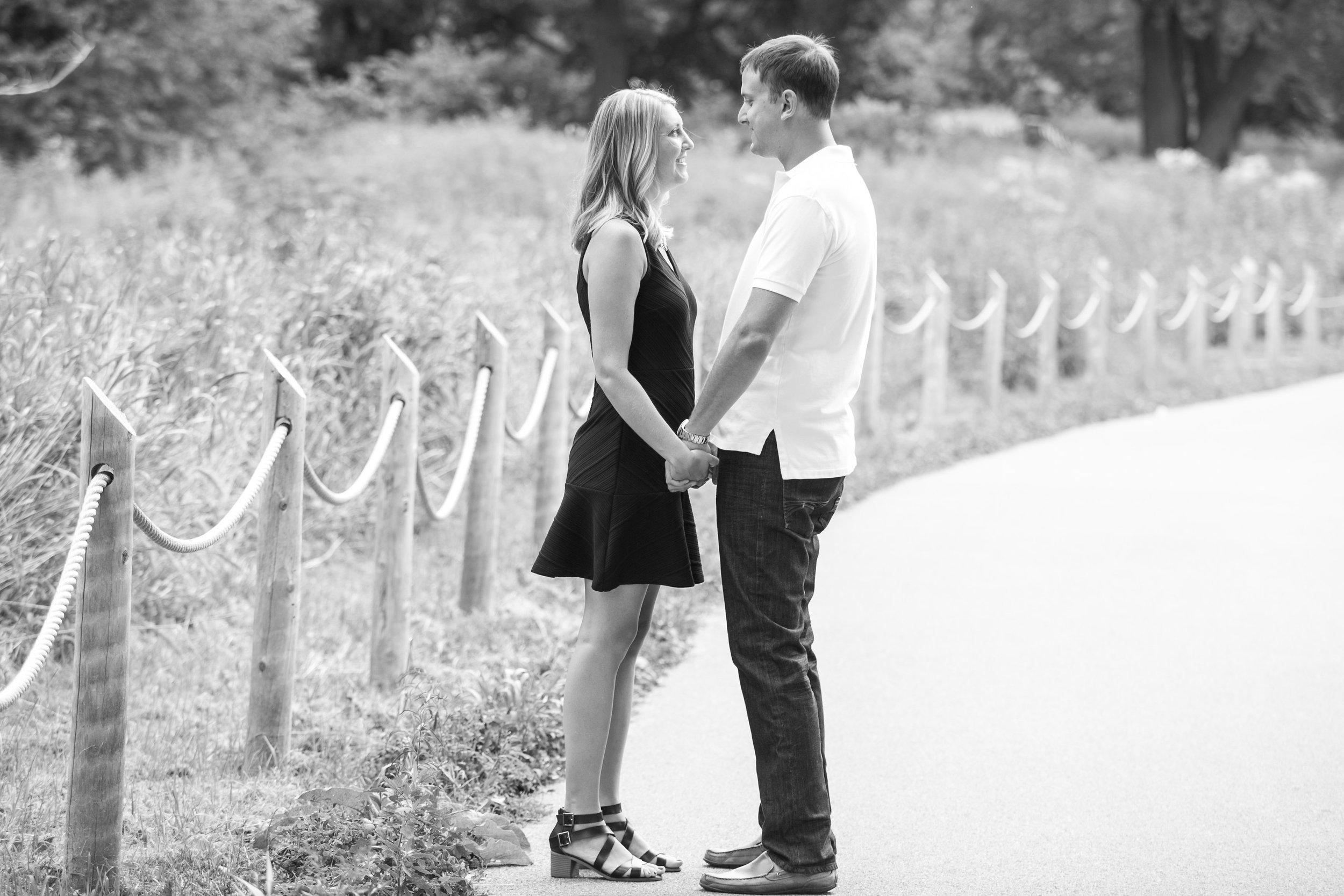 004_ParkerLindsay_Engagement.jpg