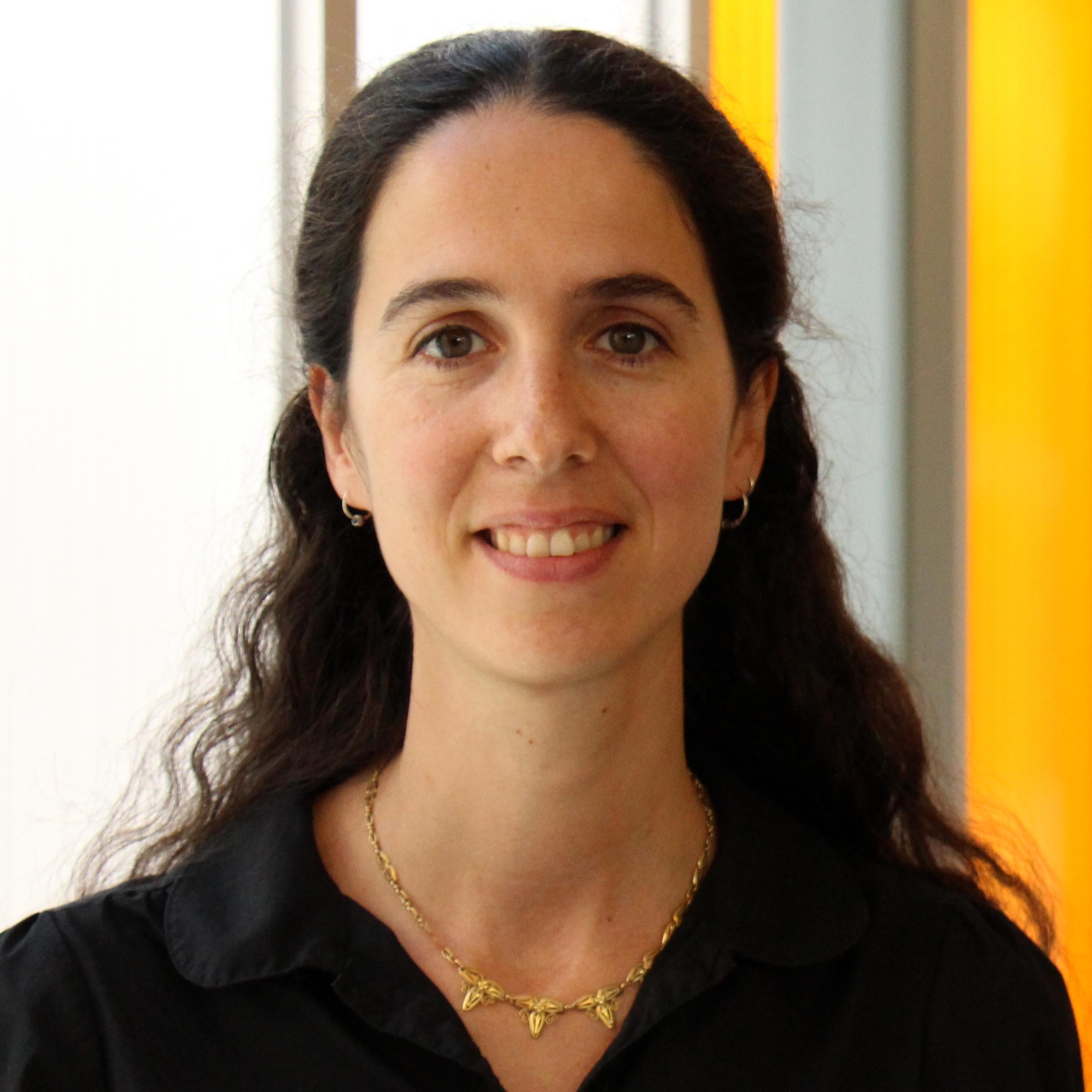 Dr. Portales-Casamar