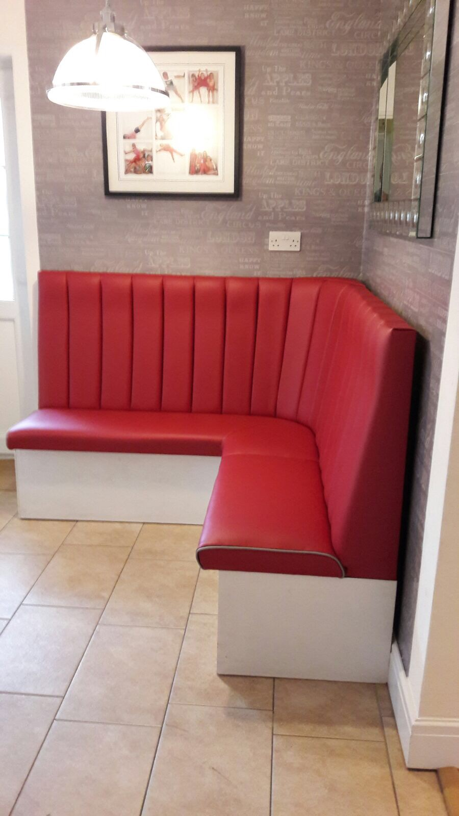 Booths & Banquette Seating