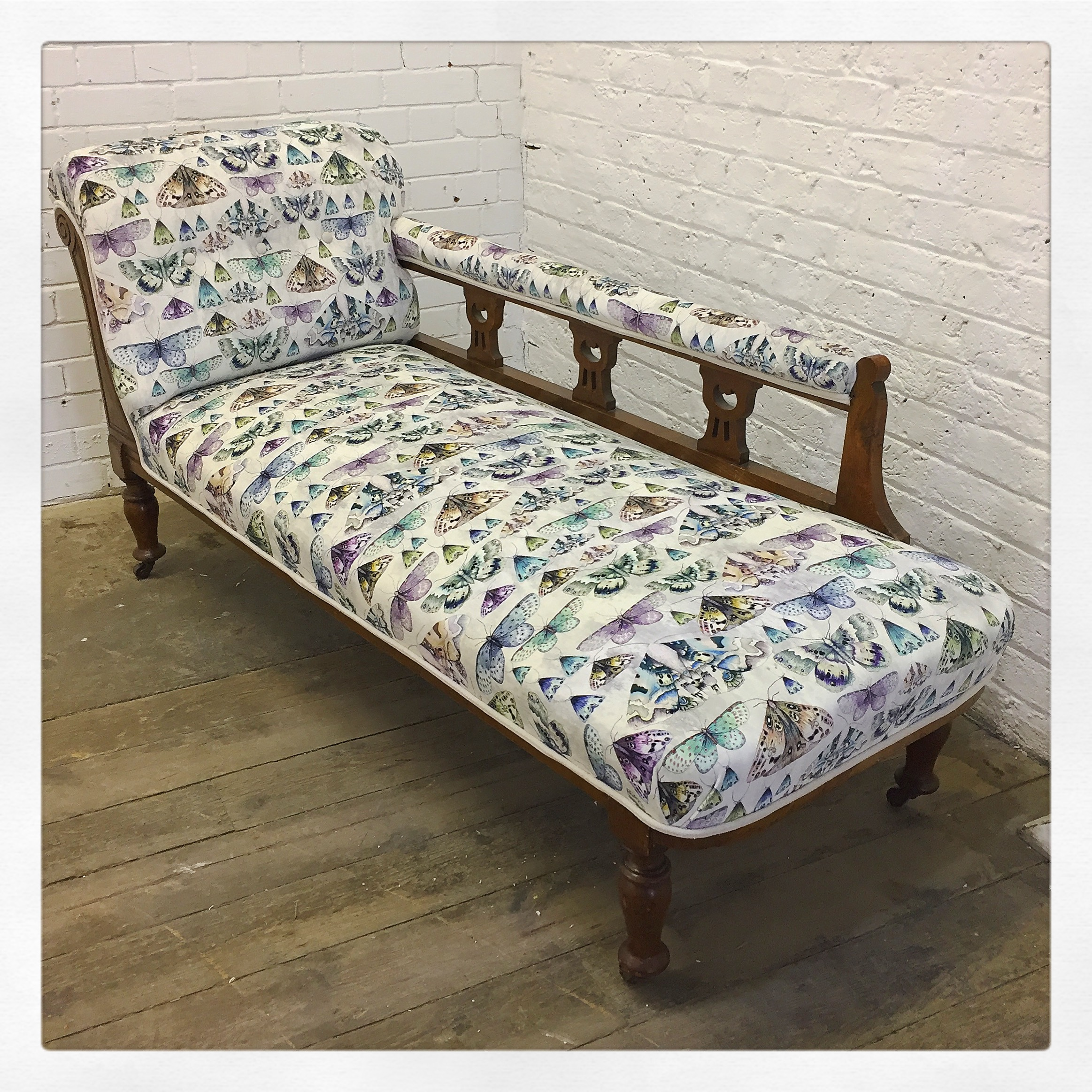 chaise longue reupholstery