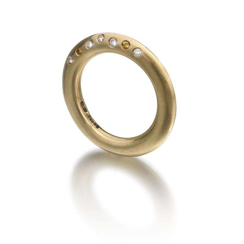 Ring-10-w.jpg