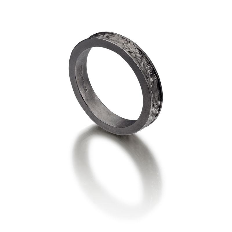 Ring-11-w.jpg