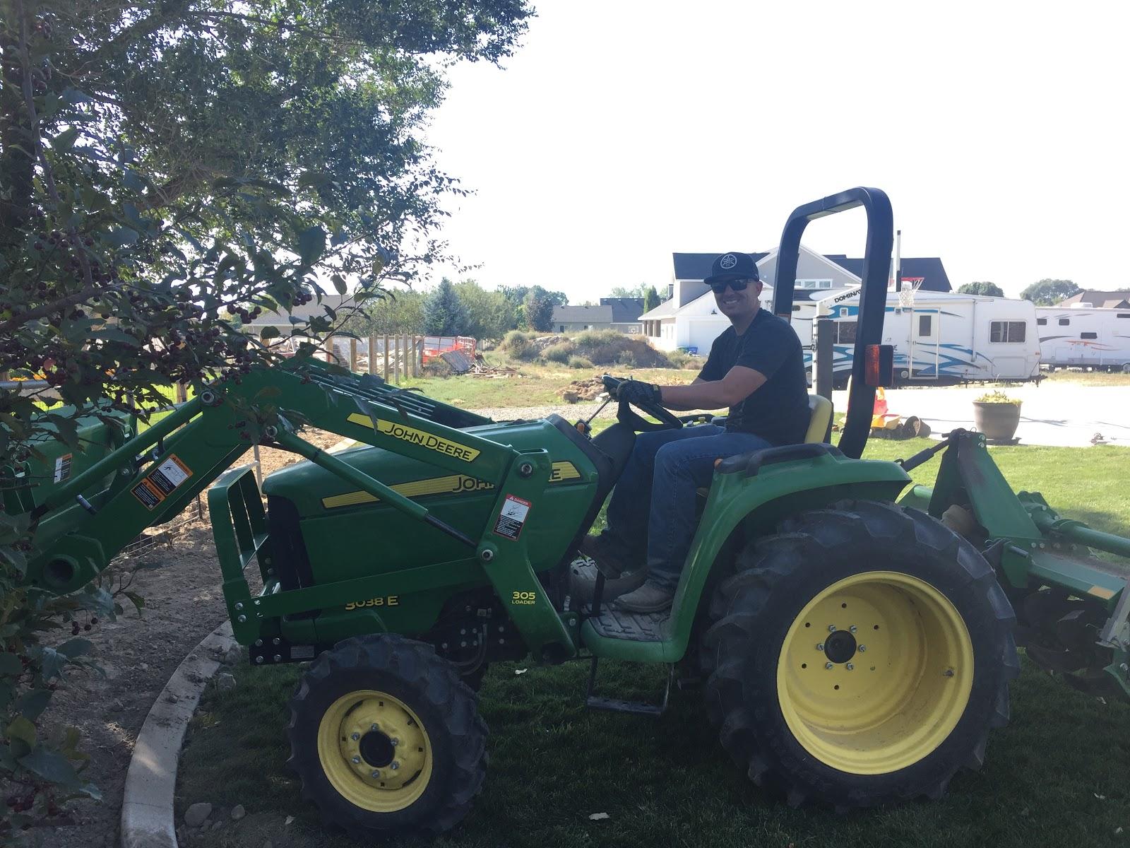 Tractor_IMG_3412.JPG