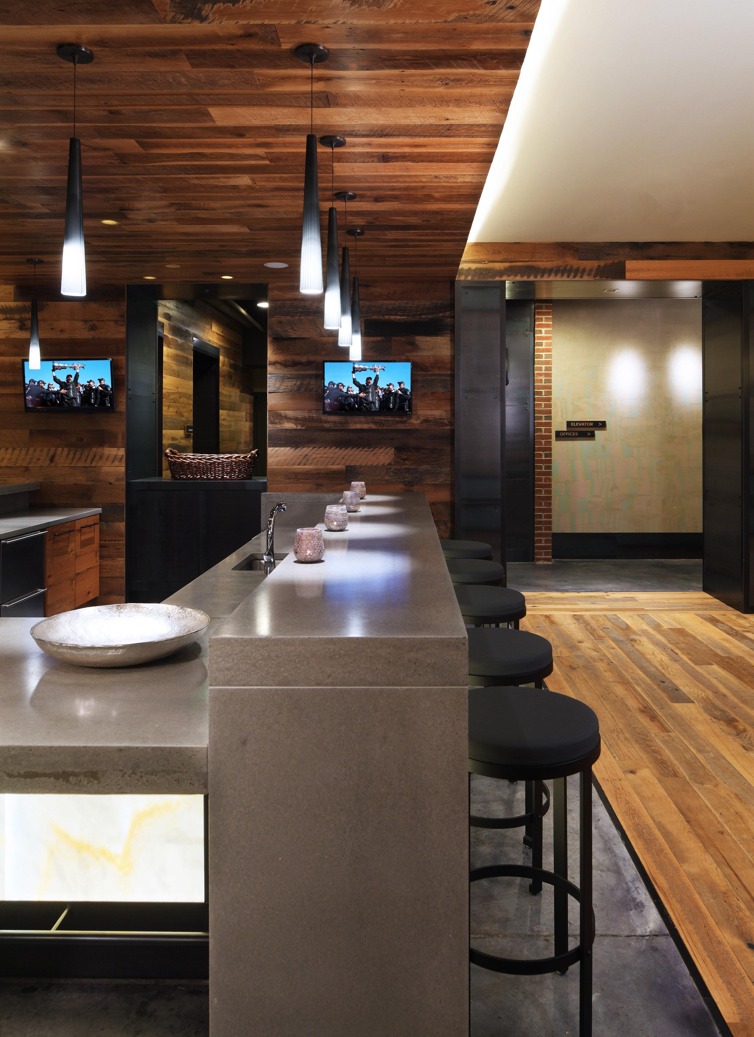 Union Wharf Bar.jpg