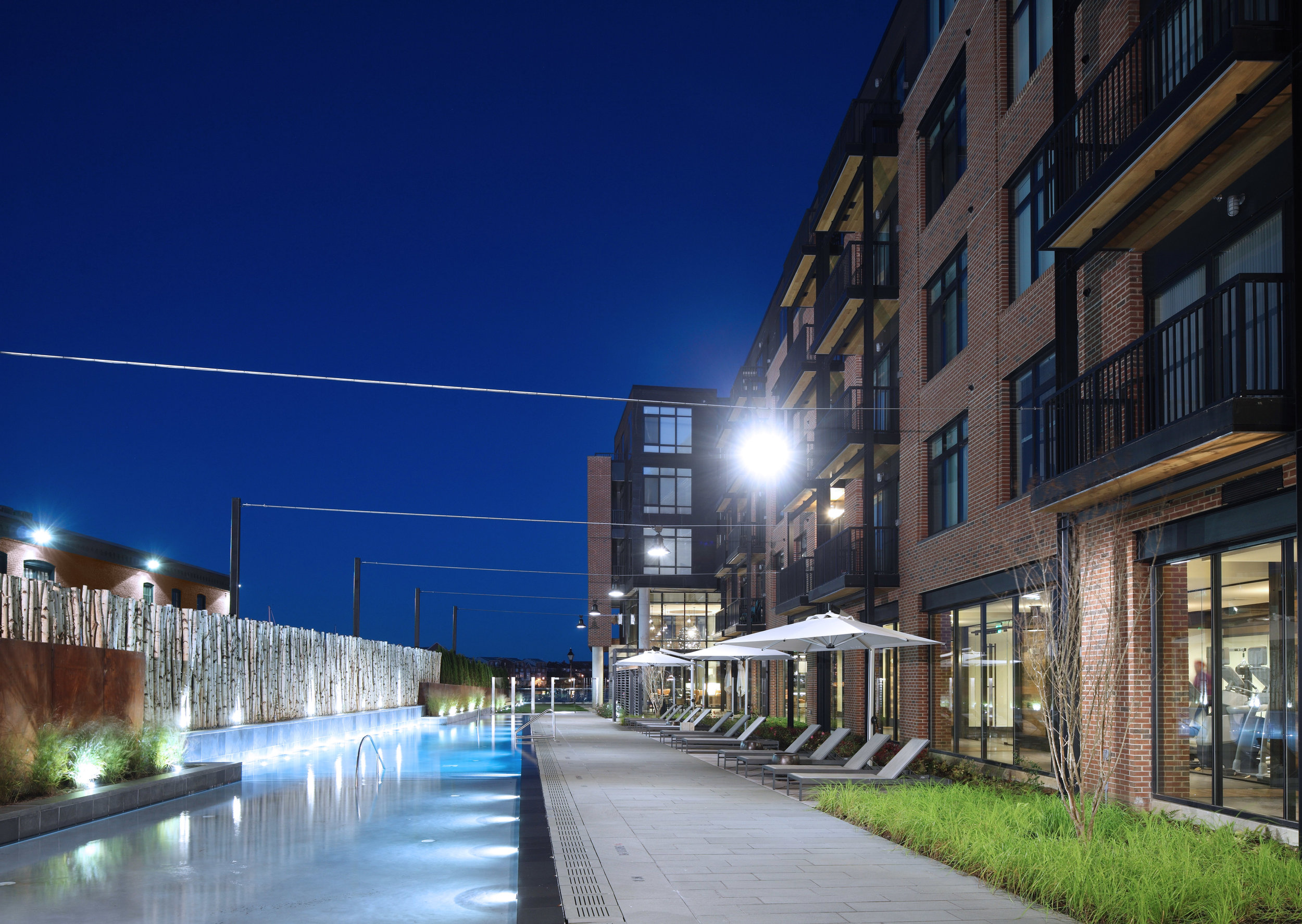 Union Wharf Exterior Pool.jpg
