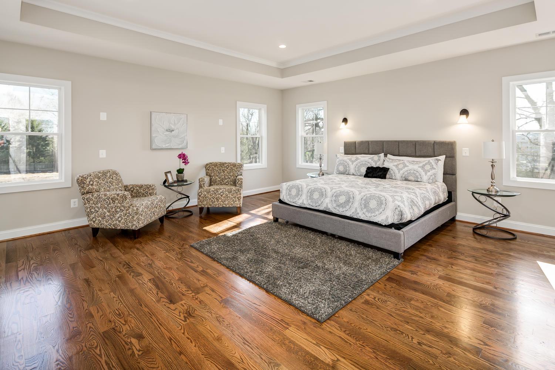 6455 Arlington Blvd Falls-large-109-118-Bedroom-1500x1000-72dpi.jpg