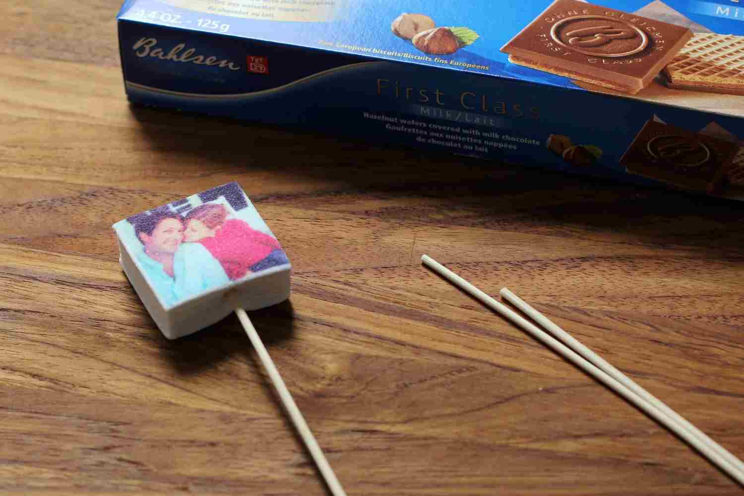 Instagram marshmallows make great gifts. Check out Boomfs!