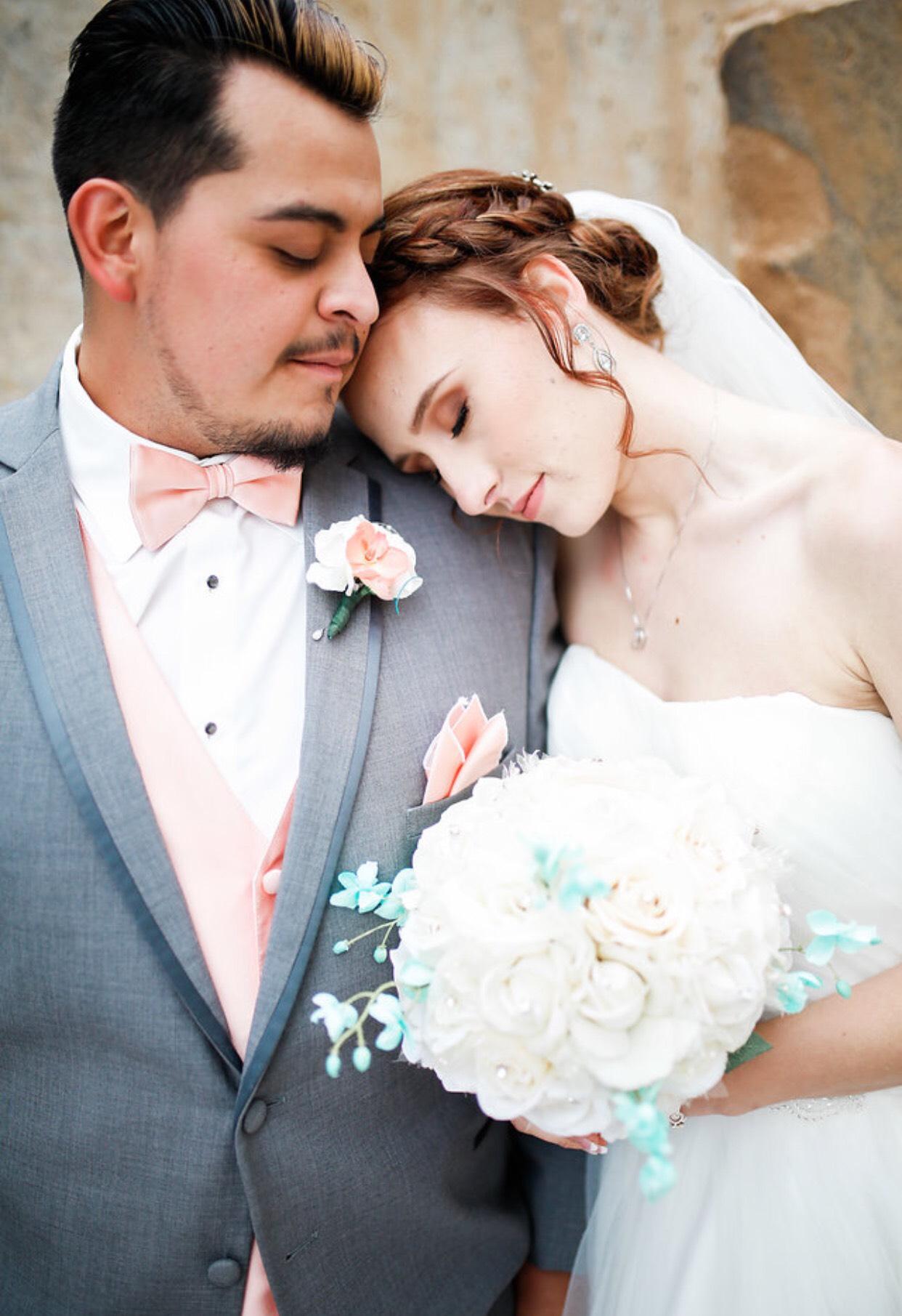 Denver-traveling-wedding-hairstylist-updo-specilaist