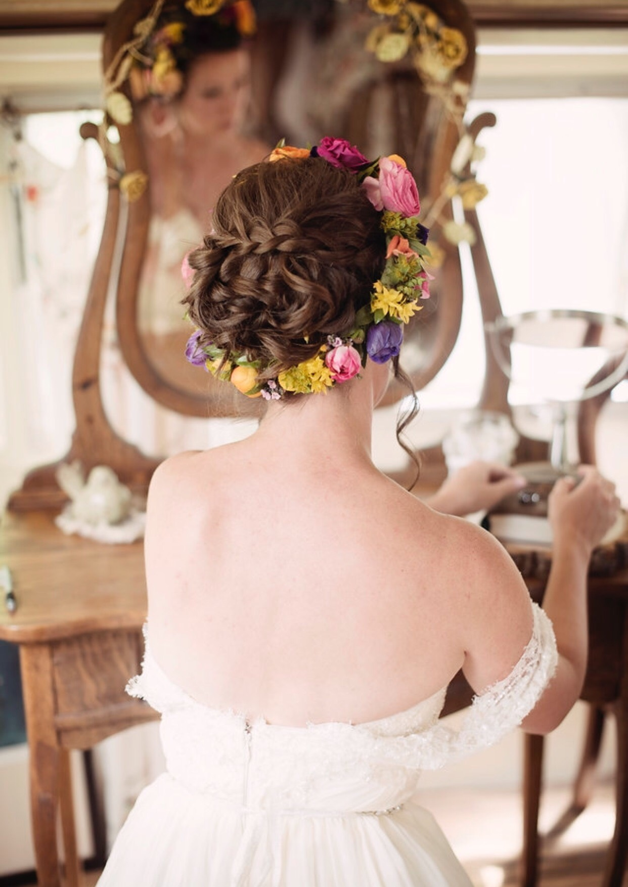 Denver-wedding-hairstylist-flower-crown-veil-Denver-bridal-hair