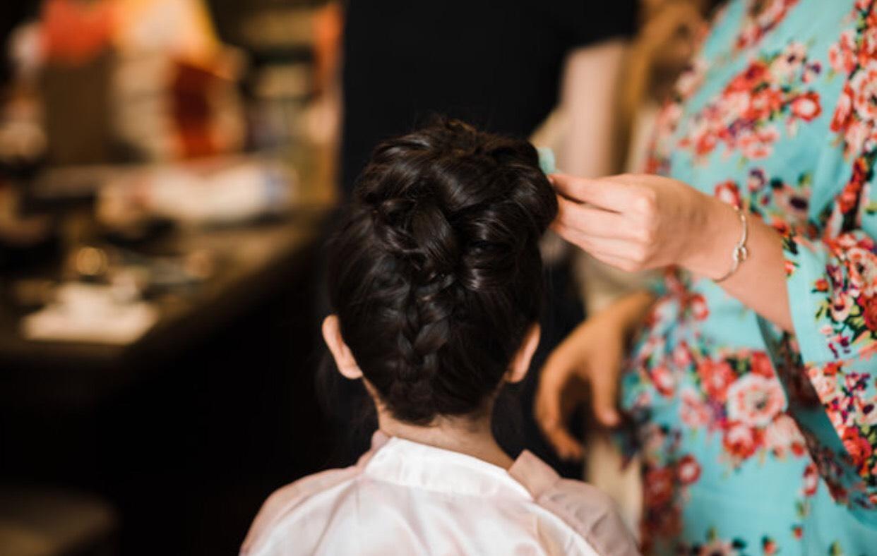 Denver-wedding-hairstylist-braids-flower-girl-hair