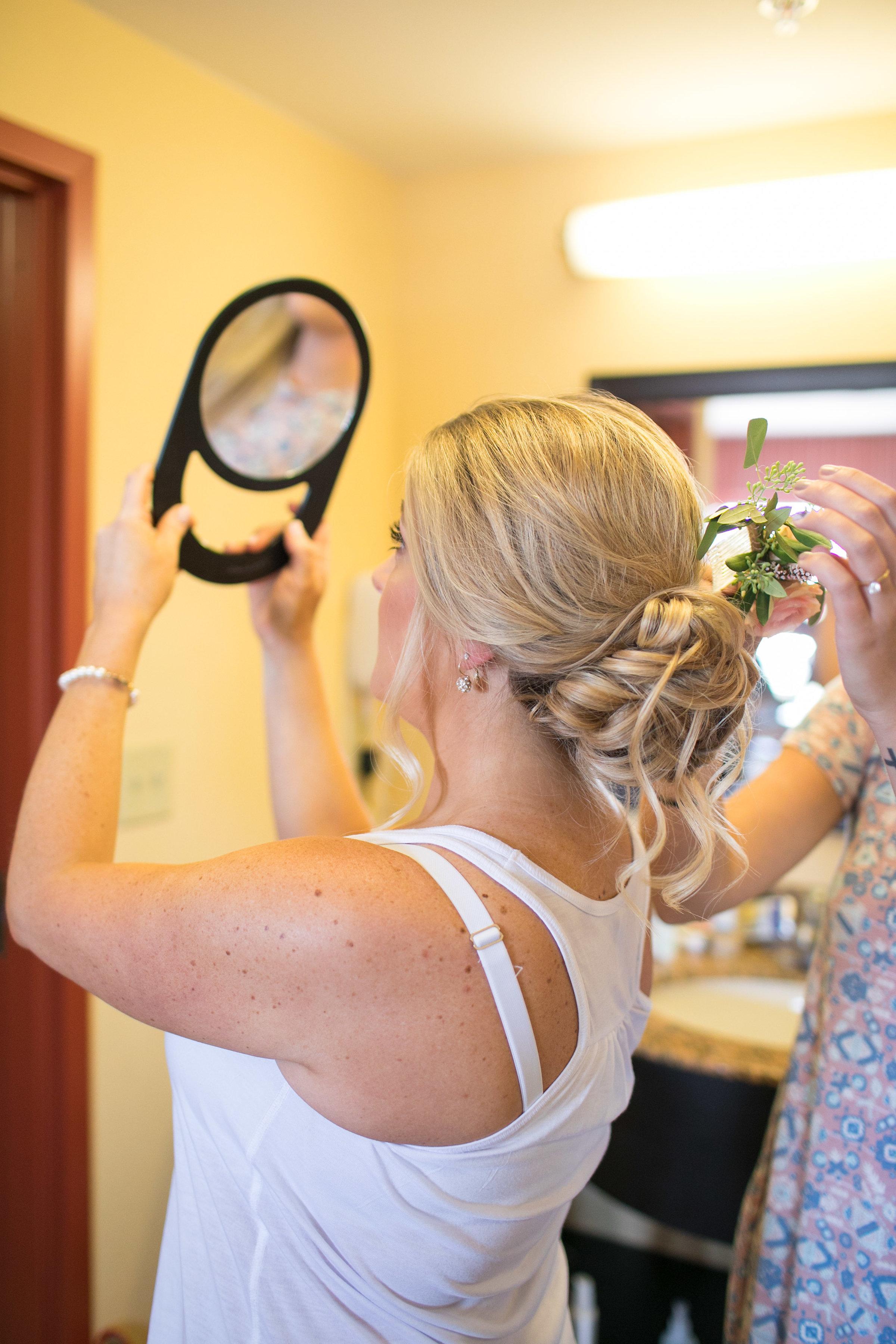 Denver-wedding-hairstylist-messy-updo