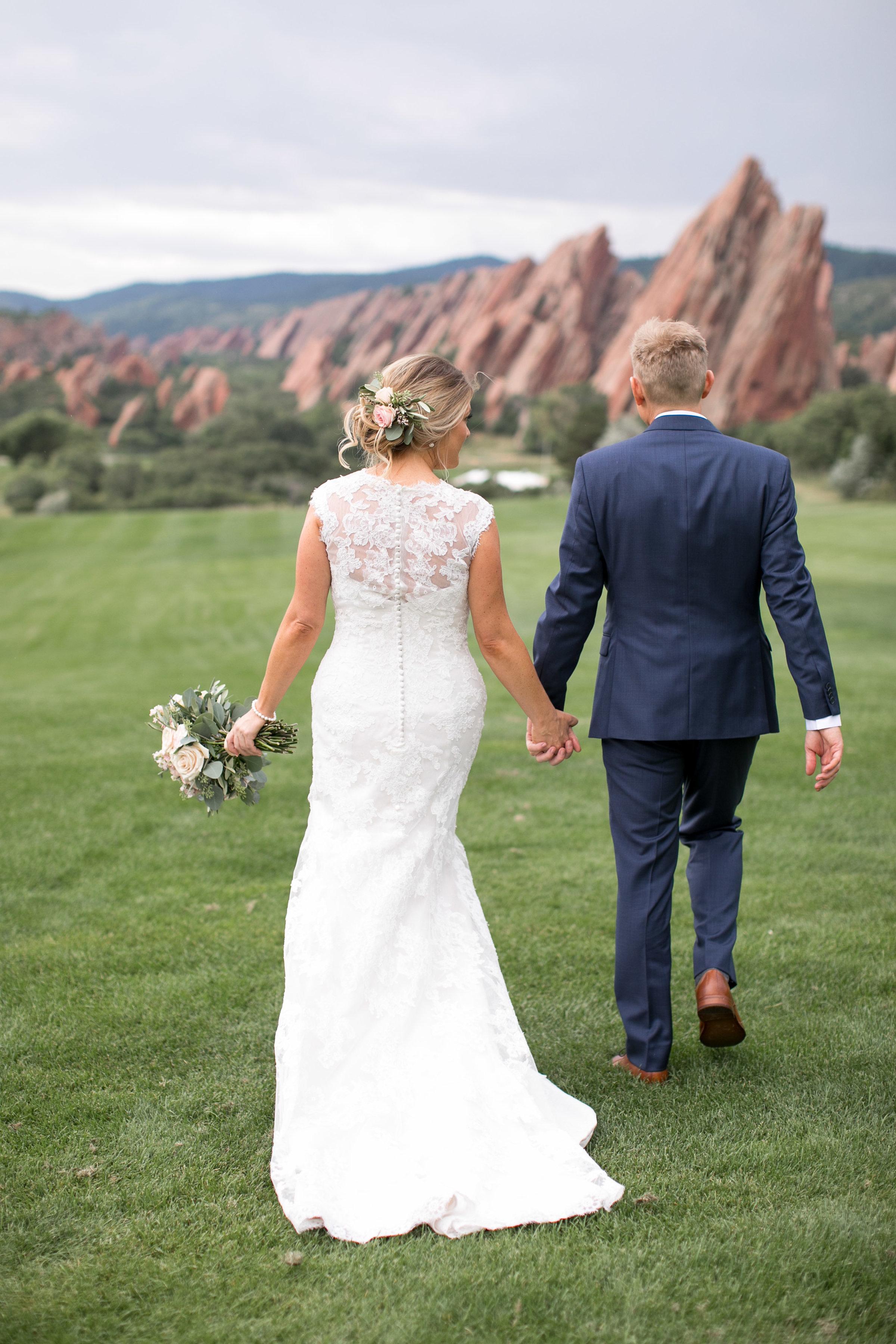 wedding-hairstylist-bride-updo