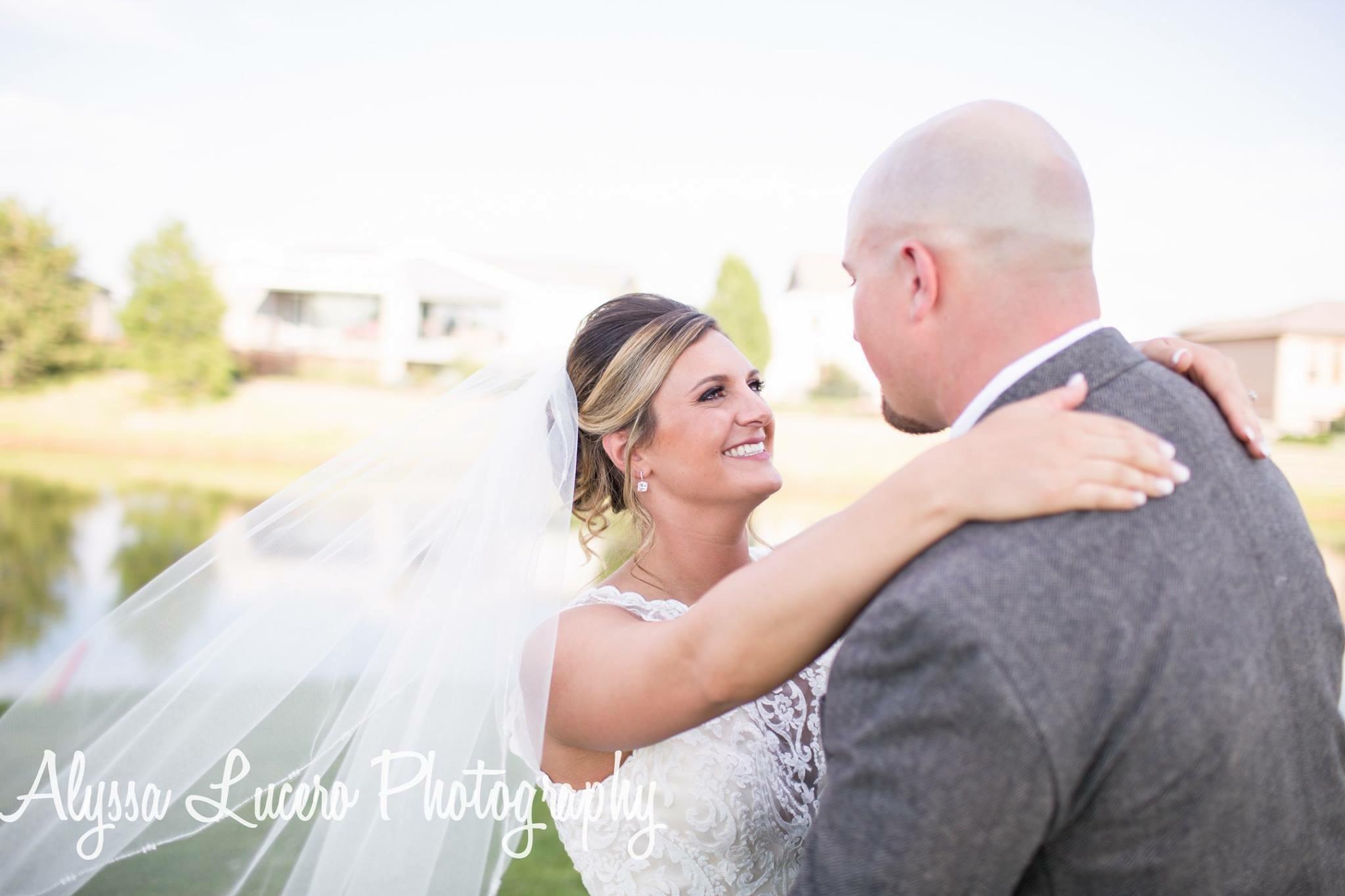 wedding-hairstylist-bride