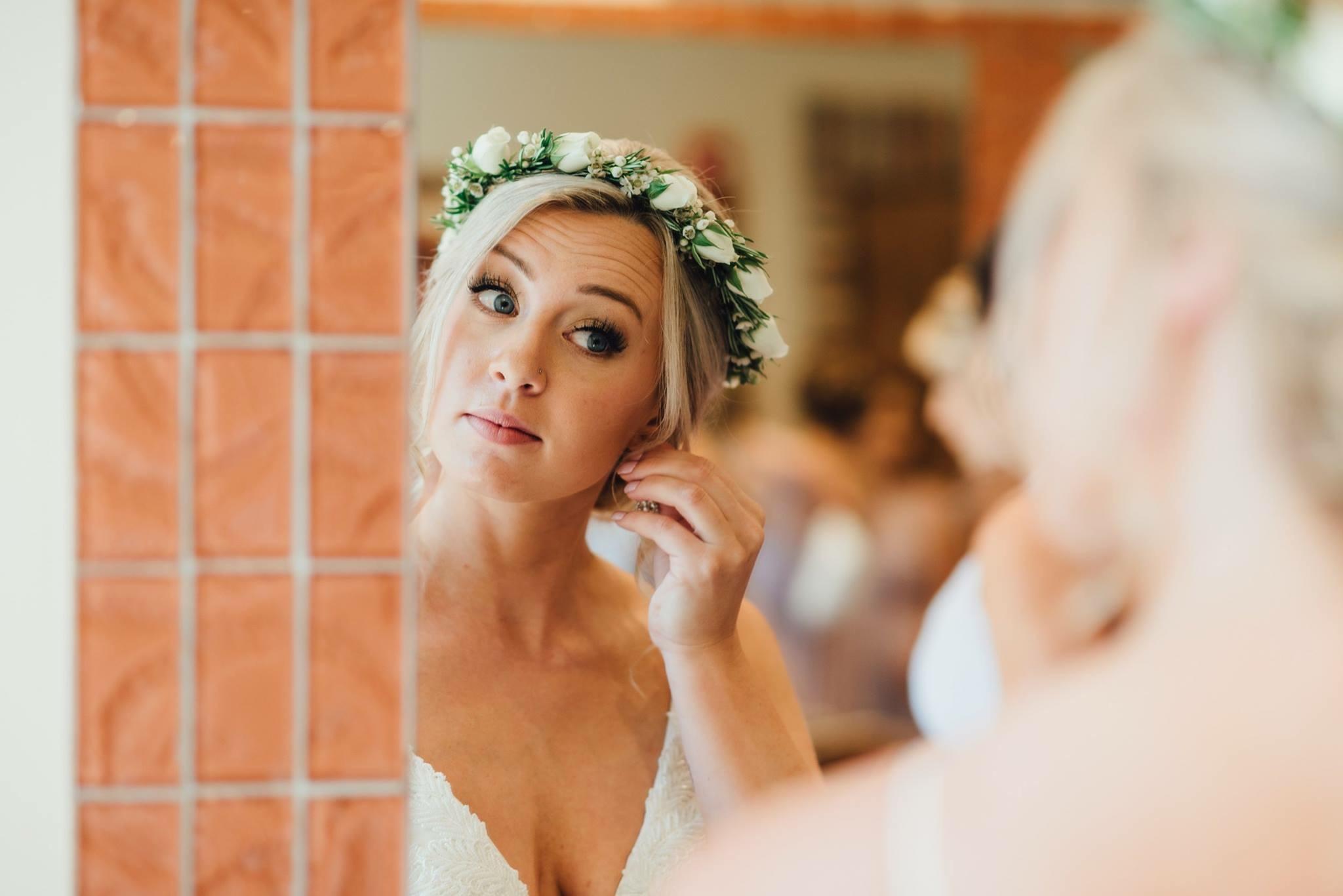 wedding-hairstylist-Della-Terra-Mountain-Chateau