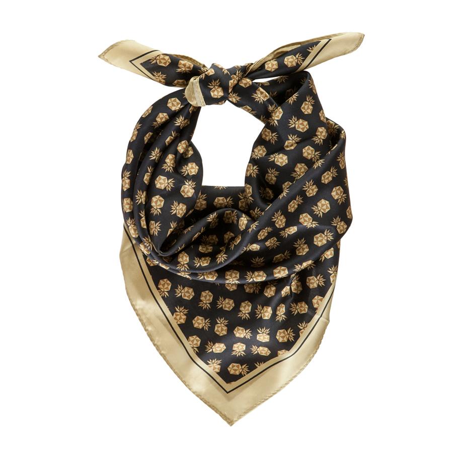 Retail-2017-Staypineapple-Silk-Scarf-2988-900.jpg