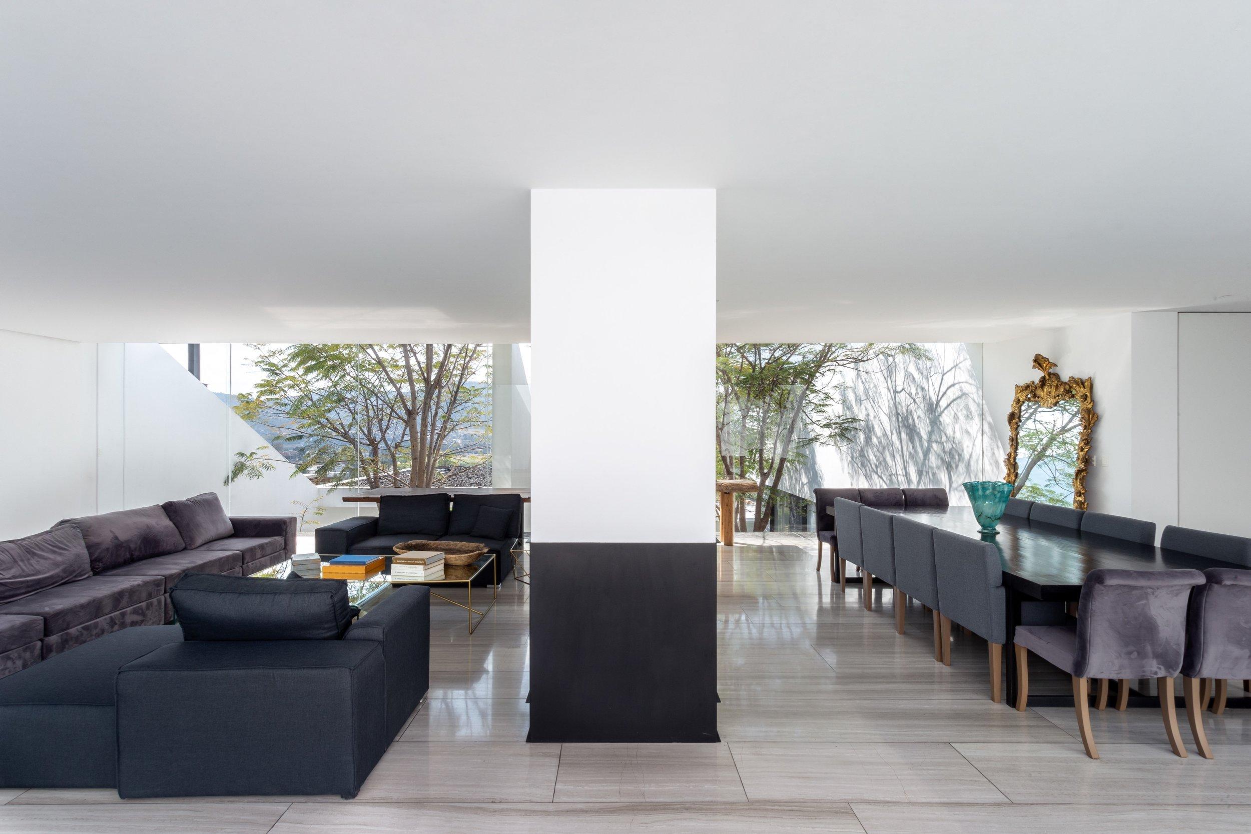 Casa Santa Barbara-HWStudio-06.jpg