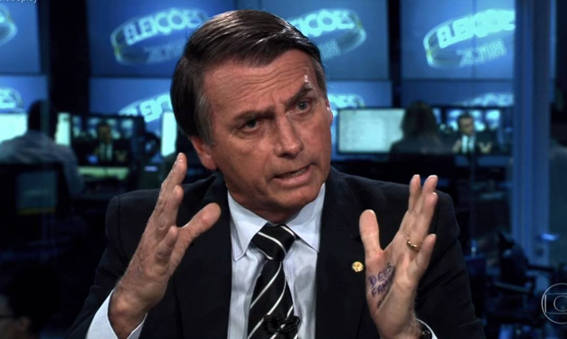 Bolsonaro in an interview on the news show  Jornal Nacional ;  REDE GLOBO , 2018.