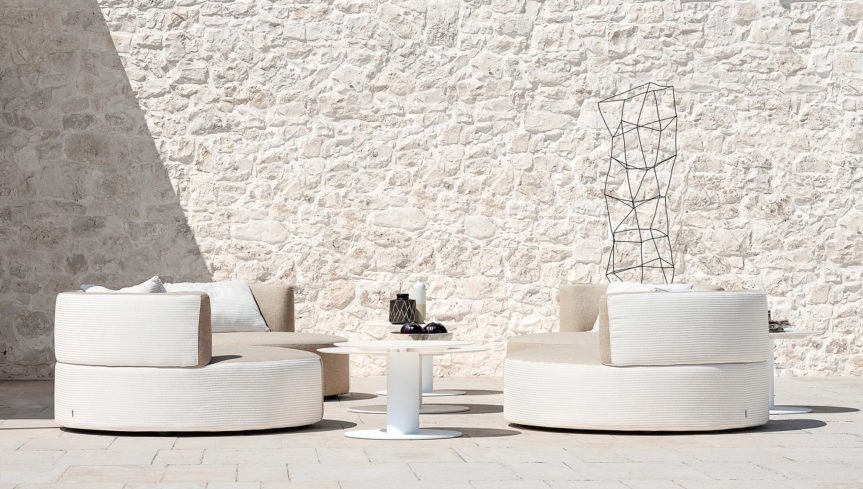 Outdoor Sofas - armchairs
